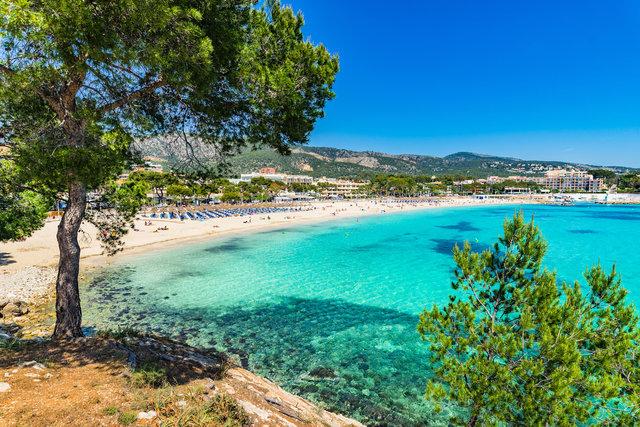 以下是性价比最高的19个欧洲度假胜地,此排名根据三天两夜旅游的总